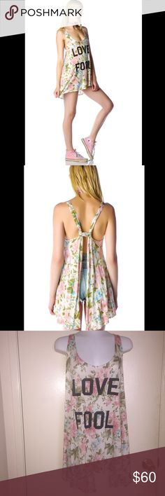 WILDFOX Love Fool Indian Tank Size M WILDFOX Love Fool Indian Tank Size M. Gently used. Good condition. Beige/Cream Color with pink and blue floral print. Adorable Floral Printed tank with an open back. Perfect summer and music festivals! Wildfox Tops Tank Tops