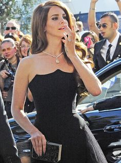 Lana Del Rey ... Such a cool neck line!!