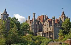 Boldt Castle on border of New York, castles in united states | Seven amazing castles in the United States