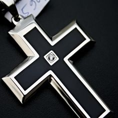 Ocelový přívěsek - Kříž s Kamenem / Cross / Black / Shiny / Stone. Odkaz na WEBSHOP: http://www.ocelovesperky4u.cz/ocelove-privesky/kriz-lesteny-cerny-kaminek-2015-316l