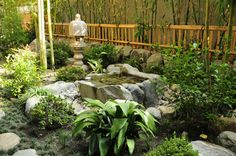 Japanese Garden Design With Japanese Ornament And Gravels . Modern Landscape Design, Garden Landscape Design, Landscape Plans, Modern Landscaping, Pool Landscaping, Fish Pond Gardens, Japanese Garden Design, Japanese Gardens, Public Garden