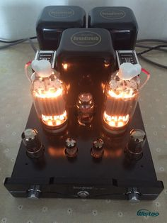 High Power 2 x Tube Amplifier with Antique Tubes High End Speakers, High End Audio, Pc Cases, Vacuum Tube, Diy Electronics, Pc Computer, Audio Equipment, Audiophile, Candle Jars