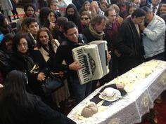 Dominguinhos, não resistiu, depois de seis anos na luta contra um câncer o músico faleceu em 23 de julho de 2013. Foi velado em São Paulo, cidade onde ficou internado nos últimos meses de vida e em seguida seu corpo foi para Pernambuco, sua terra natal.