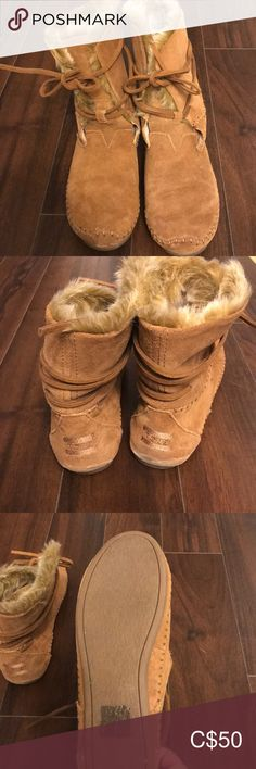 Shop Women's Toms Tan size 7 Moccasins at a discounted price at Poshmark. Description: Never worn Toms moccasins Size Perfect condition. Plus Fashion, Fashion Tips, Fashion Trends, Womens Toms, Moccasins, Slippers, Dance Shoes, Shop My, Ballet