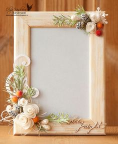 picture frame interior views of owlwood - Bilderrahmen Quilling Photo Frames, Picture Frame Crafts, Decorate Picture Frames, Handmade Picture Frames, Foto Frame, Polymer Clay Crafts, Diy Home Crafts, Flower Frame, Paper Flowers