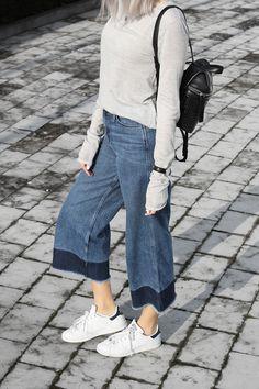 MING YU WANG Jewelry Pixel Sterling Silver Ring w/ Smokey Quartz Gemstone www.mingyuwangnewyork.com Cropped flared jeans & Kara backpack | MyDubio