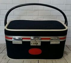 Vintage Skyway Airlines Stewardess First Class Carrying Case Navy Blue Red Bag