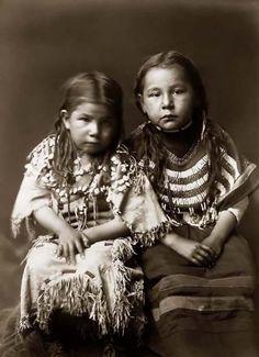 Indianer-Kinder