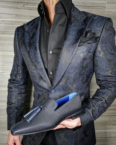 S by Sebastian Persian Paisley Jacket is part of Paisley fabric Navy Blue Paisley Jacket Signature Peak Lapel FullCanvas Construction Single Button Closure Soft, natural shoulder construction Che - Mens Tailored Suits, Mens Suits, Wedding Dress Men, Wedding Suits, Mens Fashion Suits, Fashion Outfits, Dress Suits For Men, Formal Men Outfit, Moda Formal