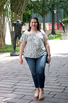 An Anthroplogie top paired with some boyfriend jeans = the perfect summer look!