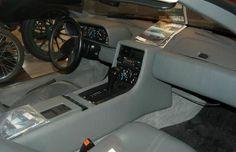 DeLorean interior