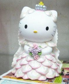 84a542aca holy shit she soo cute !!! Hello Kitty doll money-box wedding present