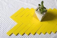 table runner using paint sticks- I love repurposing and this idea has a lot of different possibilities