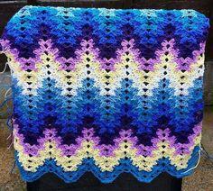 Crochet For Children: Amish Grandma Spiked My Ripple Blanket (Free Pattern) Crochet Ripple Blanket, Crochet Quilt, Afghan Crochet Patterns, Crochet Squares, Crochet Stitches, Crochet Hooks, Free Crochet, Crochet Blankets, Baby Blankets