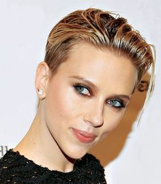 wet look scarlett johansson