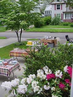 SUCCESSFUL GARAGE / YARD SALES  Detailed Do's and Don'ts