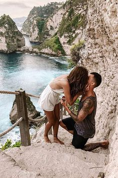 21 Best Proposal Ideas For Unforgettable Moment ❤ Best proposal ideas are very difficult to choose. But we've collected the most romantic, cute and different ideas for your inspiration! Proposal Speech, Beach Proposal, Romantic Proposal, Perfect Proposal, Romantic Couples, Wedding Couples, Romantic Weddings, Best Proposals, Wedding Proposals