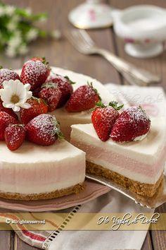 No Bake Strawberry and Lemon Cheesecake