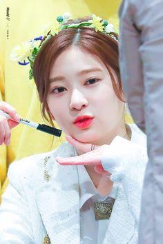 Kim Minju 2018 Fansign Cre :on pic