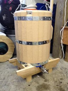 Wooden Mash Tun - Home Brew Forums Nano Brewery, All Grain Brewing, Home Brewing Equipment, Beer Keg, Wood Shed, Home Brewing Beer, Wood Worker, Wood Slats, Red Oak