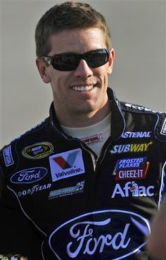 My Nascar boyfriend Carl Edwards Nhra Racing, Nascar Race Cars, Tony Stewart, Sports Figures, Sporty Girls, Role Models, Hot Guys, Athlete, Actors