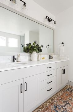Grey Bathroom Cabinets, Light Gray Cabinets, Bathroom Countertop Cabinet, Quartz Bathroom Countertops, Grey Bathroom Vanity, Neutral Bathroom, Bathroom Wallpaper, Bathroom Hardware, White Cabinets