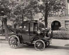 A US Senator, his lady - and 2 drivers. Looks like they have been living high for a really long time.