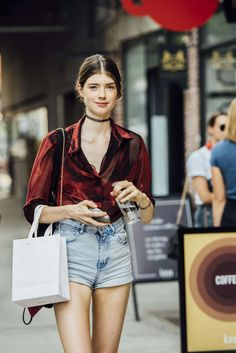 September 8, 2016 Tags Red, Blue, Denim, Shorts, Women, Prints, Model Off Duty, Blouses, Necklaces, New York, Chokers, 1 Person, SS17 Women's