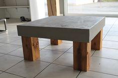 Rustikaler Couchtisch in Industrie-Design Wir fertigen alle Möbel individuell für Sie an, alle Abmessungen sind möglich, sprechen Sie uns an, wir beraten Sie gerne. Der hier abgebildete Tisch...