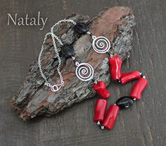 Sterling Silver Spyral Necklace with Coral and Onyx Beads