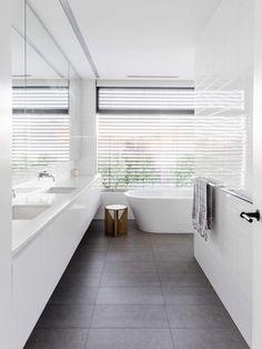 Bathroom | Prahran Residence by Davina Shinewell Design | est living
