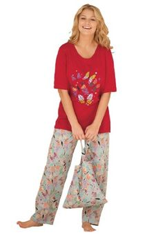 Dreams and Company Plus Size 3-piece pajamas with bonus bag