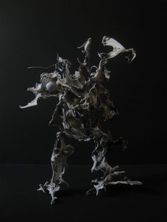 sculpture by Levi Wolffe  http://www.levi-wolffe.com/