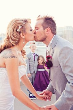 ideas rooftop wedding Rooftop Wedding in Las Vegas from Moxie Studio @Laura Lisa this photo would be cute with u bubby and the girls ;)