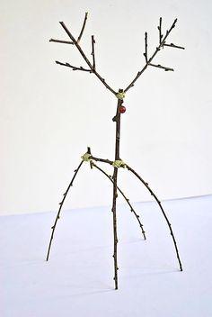 DIY Woodland Reindeer (using twigs)