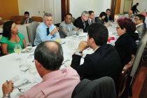 Governador tem encontro com diretores de hospitais públicos - http://noticiasembrasilia.com.br/noticias-distrito-federal-cidade-brasilia/2015/05/27/governador-tem-encontro-com-diretores-de-hospitais-publicos/