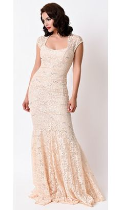 Champagne Sexy Fitted Lace Cap Sleeve Long Dress