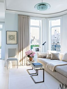 """orlandocustomhomebuilders: """" (via Architectural Digest: Modern Living Room) Arranged in a sitting area in a Manhattan apartment are a Jonas sofa, a pair of Gabriella Crespi occasional tables, a custom-made side chair, and a vintage Arne Jacobsen. Inspiration Design, Decoration Inspiration, Living Room Inspiration, Interior Exterior, Home Interior, Interior Design, French Interior, Living Room Designs, Living Room Decor"""
