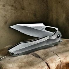 Only thing that matters in life...is having a razor's edge.... Guns & Knives