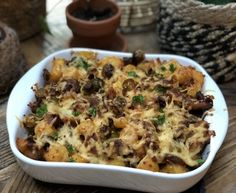 kip in bier gestoofd - Familie over de kook Feel Good Food, Kids Menu, Oven Dishes, Cooking Recipes, Healthy Recipes, Happy Foods, Potato Recipes, No Cook Meals, Macaroni And Cheese