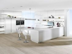 You will meet the most beautiful white furniture designs in this photo gallery. We have found great white furniture design for you. You can get ideas from here. Kitchen Cabinets With Black Appliances, Kitchen Cabinets And Countertops, Black Countertops, Kitchen Cabinet Colors, Kitchen Units, Floors Kitchen, White Appliances, Layout Design, Küchen Design