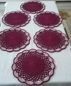 Crochet Placemat Patterns, Crochet Mandala Pattern, Crochet Circles, Weaving Patterns, Crochet Chart, Crochet Home, Diy Crochet, Crochet Doilies, Crochet Flowers