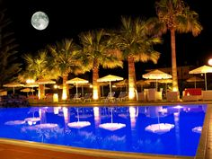 Mike Hotel and Apartments located west from Chania ,in Maleme and Crete island. Best choice for Hotel Chania Holidays . Hotel Apartment, Apartments, Crete Island Greece, Full Moon, Table Decorations, Holiday, Home Decor, Harvest Moon, Vacations