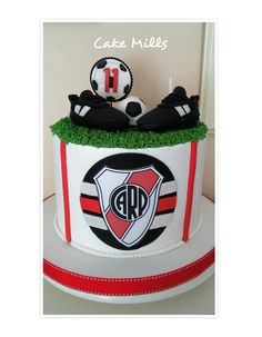 Torta de River Plate Soccer Cake, Root Beer, Plates, Candy, Birthday, Party, Bag, Recipes, Cake Birthday