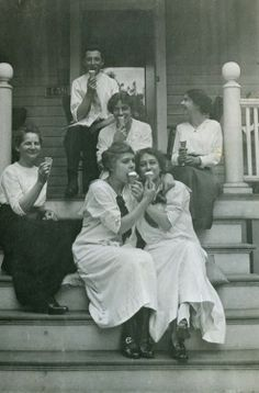 Girls Day - Vintage Photography