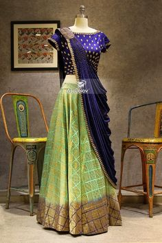The latest collection of Lehenga choli designs online on happyshappy! Also available in simple, wedding, bridal, rajasthani styles images, find hairstyle on lehengas cholis ideas and save your favourite once. Half Saree Designs, Choli Designs, Lehenga Designs, Blouse Designs, Half Saree Lehenga, Lehnga Dress, Anarkali, Blue Lehenga, Indian Designer Outfits