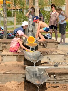 Playground Equipment Wasser Architectural Playground Equipment More. Water Playground, Natural Playground, Playground Design, Backyard Playground, Backyard Games, Outdoor Play Spaces, Kids Outdoor Play, Outdoor Learning, Outdoor Games