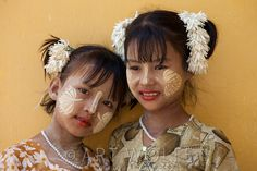 Myanmar (Burma) | Portrait of a young Burmese girls | © Art Wolfe