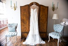 hanging wedding dress in bridal suite at 409 s main Memphis Hanging Wedding Dress, Wedding Dresses, Wedding Venues, Wedding Day, European Wedding, Groom Looks, Bridal Suite, Indoor Wedding, Southern Weddings