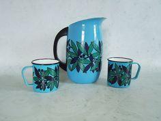 Finel Arabia enamel pitcher and mugs. Mid century modern Finel Arabia enamelware.